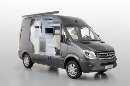 Mercedes-Benz  ในแบบรถบ้านน่ารักน่าใช้งานสวยงามอย่างพอดีเลย