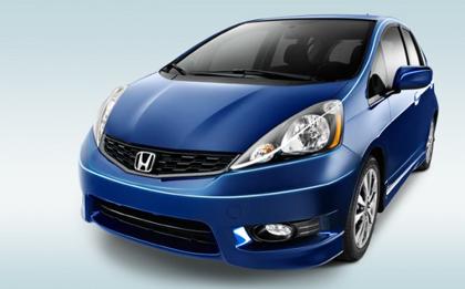 Honda Fit Sport 5 Door (Jazz) ฮอนด้า ฟิต สปอร์ต (แจ็ส)5 ประตู รับรองว่าสวยถูกใจแน่นอน