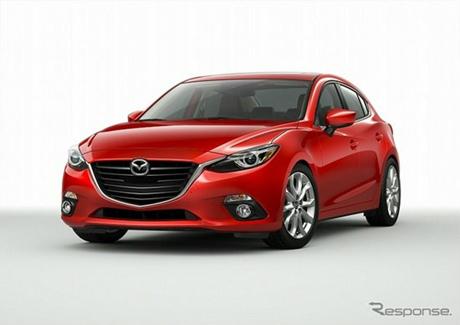 """Mazda3 2014 ใหม่ ขณะขับรถ """"อัพเฟส"""" ได้อย่างสบายใจ"""